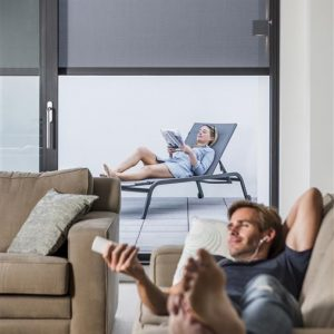 Renson Fixscreen creates privacy space