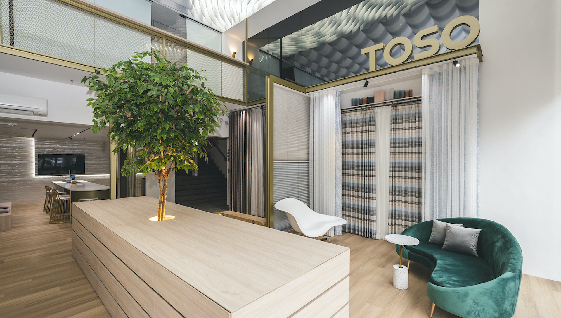 Toso Gallery by mc.2